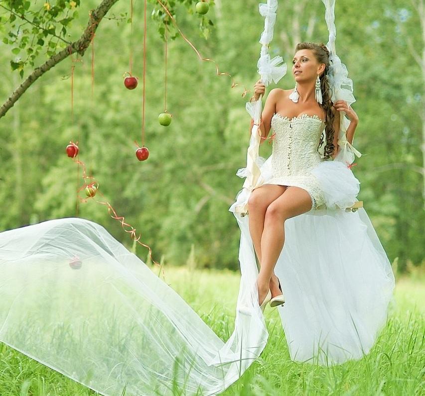 Невеста-Лето: как выбрать наряд для летней свадьбы