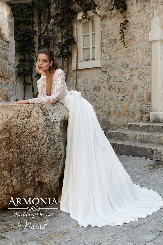 Свадебное платье NAIAD